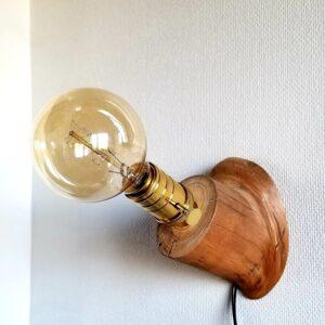 Applique simple en bois flotté