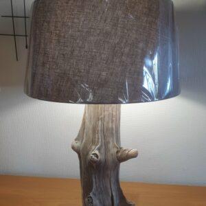 Lampe en bois flotté de genévrier grande